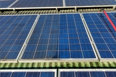 Difference between clean and dirty solar panel